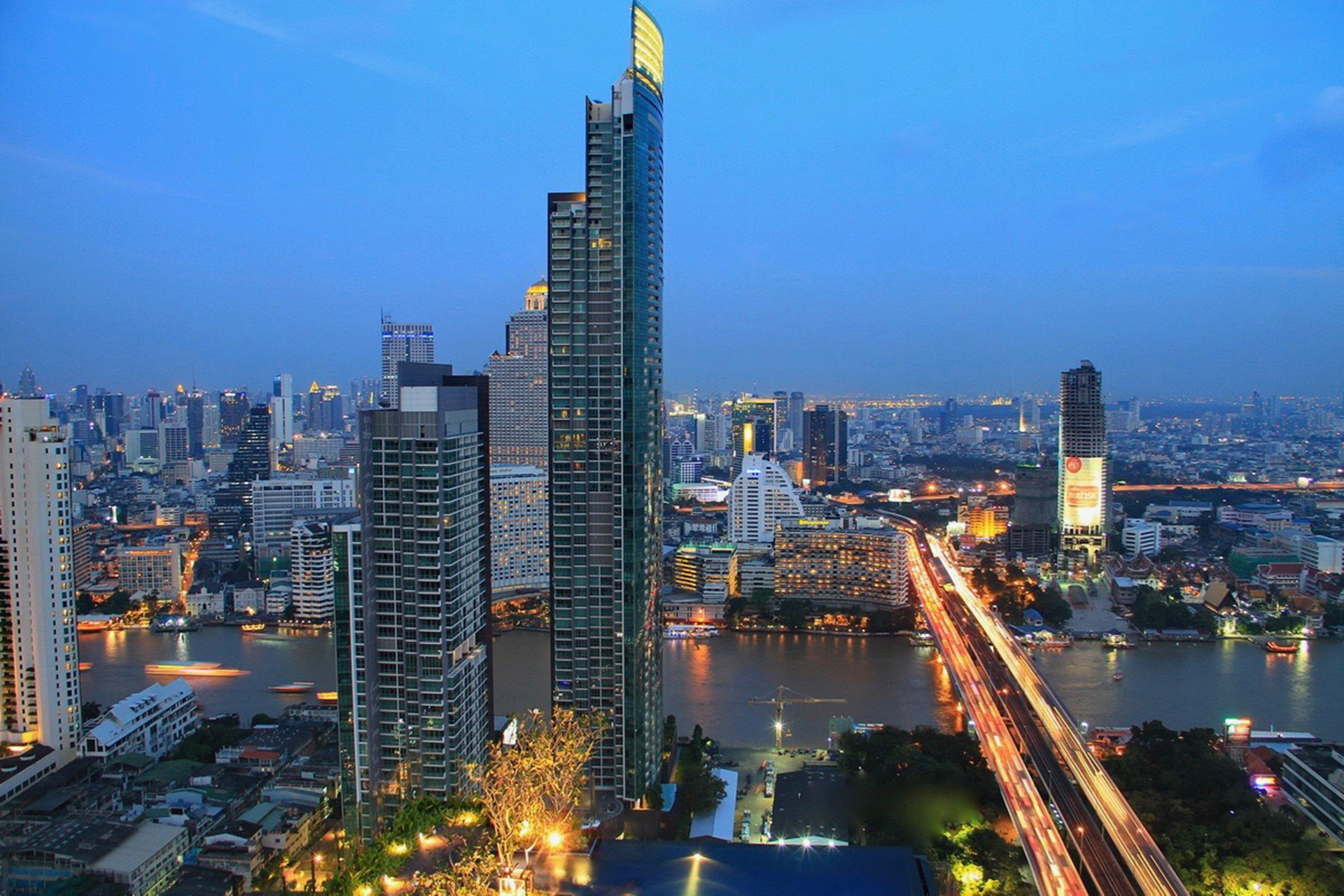 The River Condominium, Bangkok